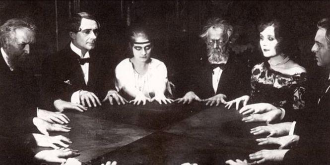 Пик популярности спиритических сеансов
